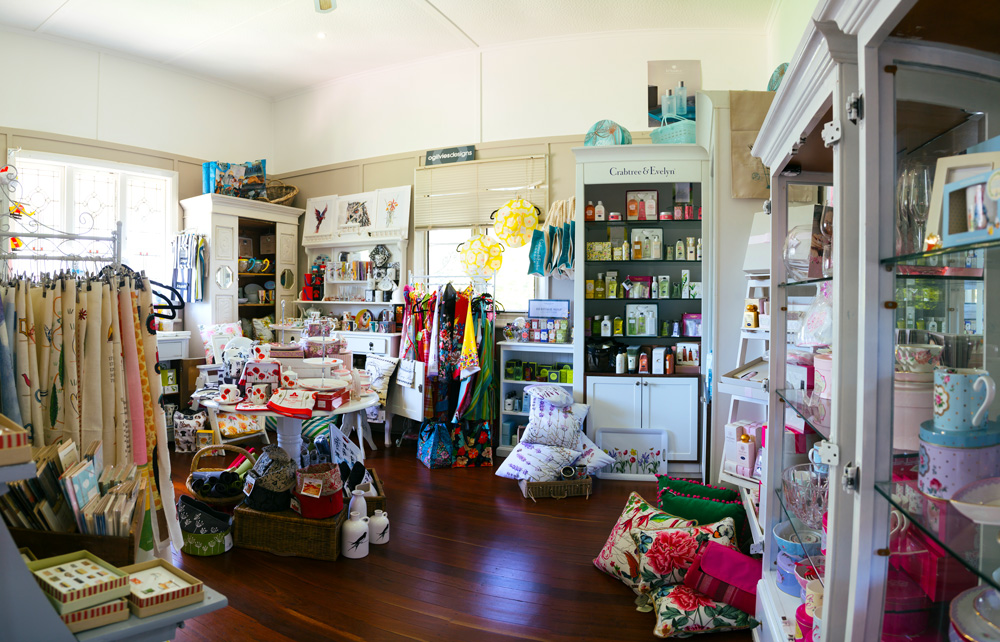 crepe myrtle tea and coffee rooms, retail therapy, merchandise, mirranda kerr